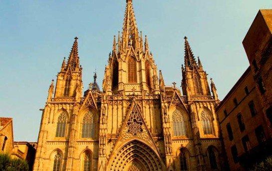 Готические закоулки Средневековья — Барселона
