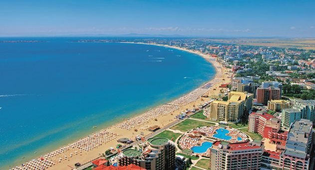 1b4adf3cafab31d3c94f8c9d8ca4ce07sunny-beach1