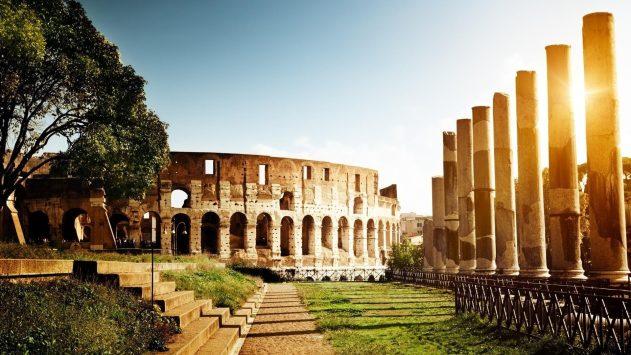 Kolizej-v-Italii-Rim