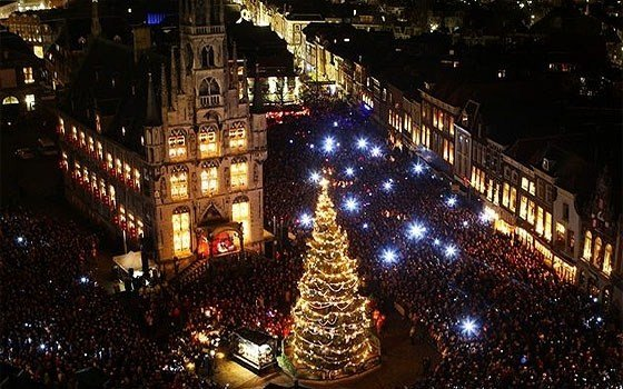 Трафальгарская площадь в новогоднюю ночь