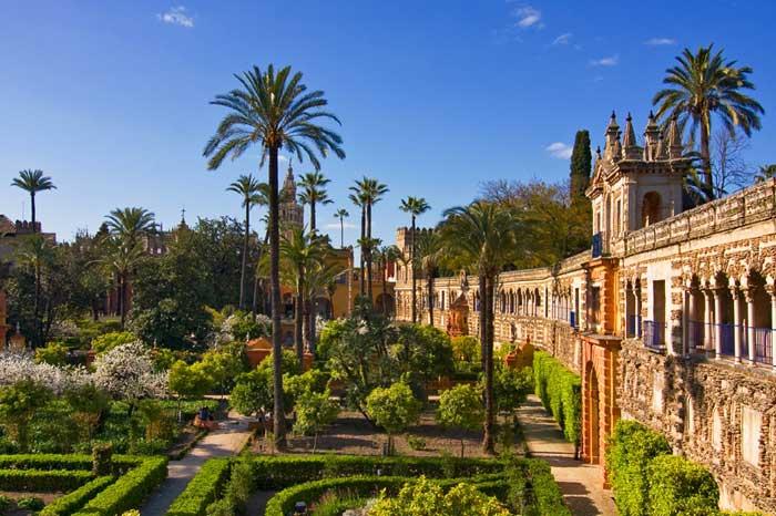 Прекрасные сады Алькасар
