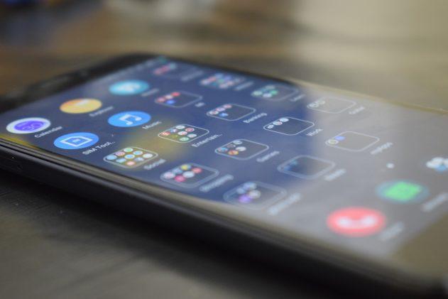 smartphone-5714763_1920