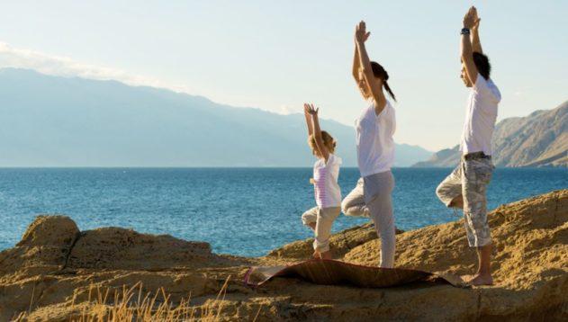 Йога полезна для социофобов